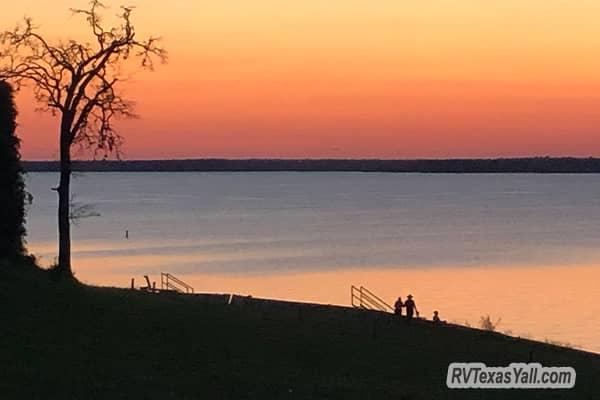 Sunset at Yegua Creek Park