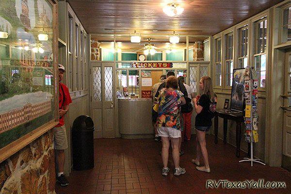 Rusk Depot ticket office