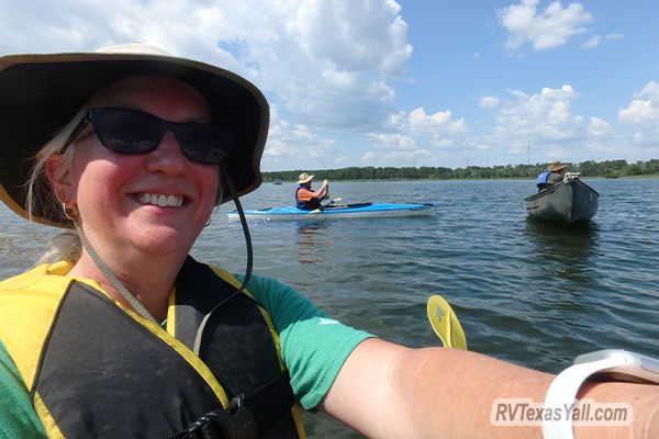 Kayaking Lake Bastrop