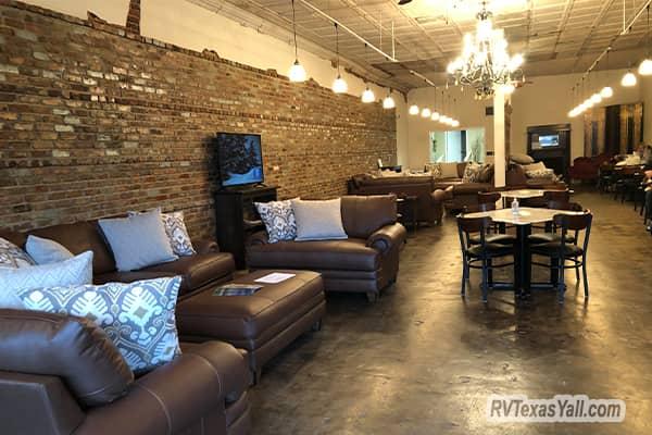 New Tiffin Customer Lounge