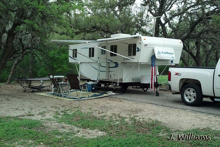 Full hookup campgrounds in texas