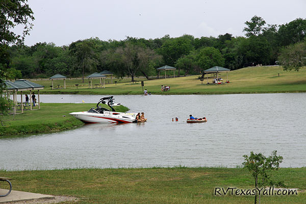 Boating on Lake Corpus Christi