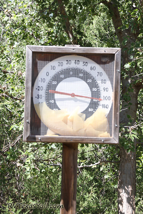 Trail Head Temperature Gauge
